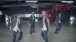 EXO_으르렁 (Growl)_Music Video (Korean ver.).mp4_snapshot_01.10_[1980.01.07_13.02